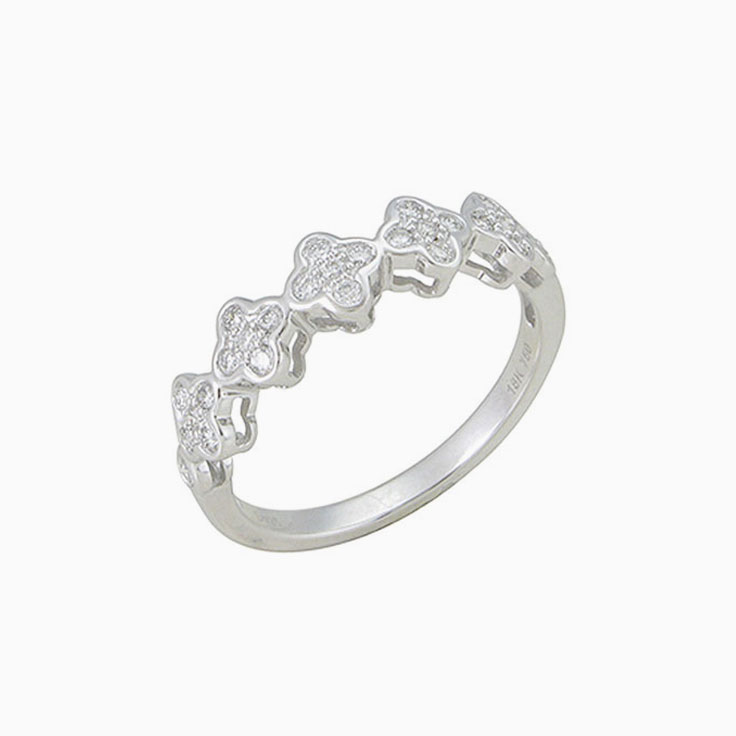 Clover Diamond Ring