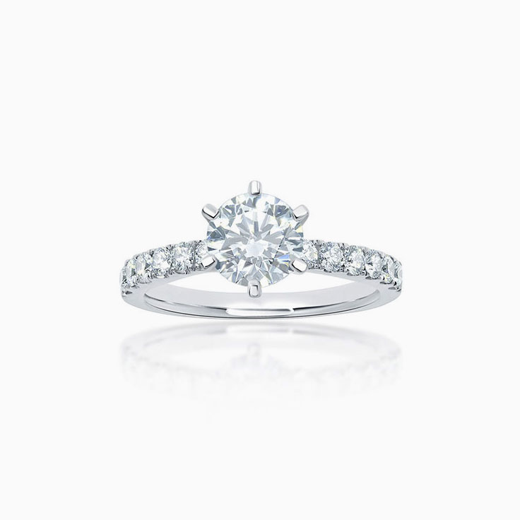 Six claw round brilliant cut engagement ring
