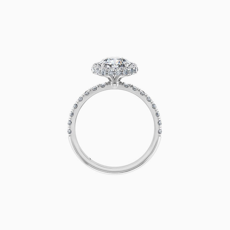 Round Brilliant Cut Diamond Engagement Ring With a 3DHalo